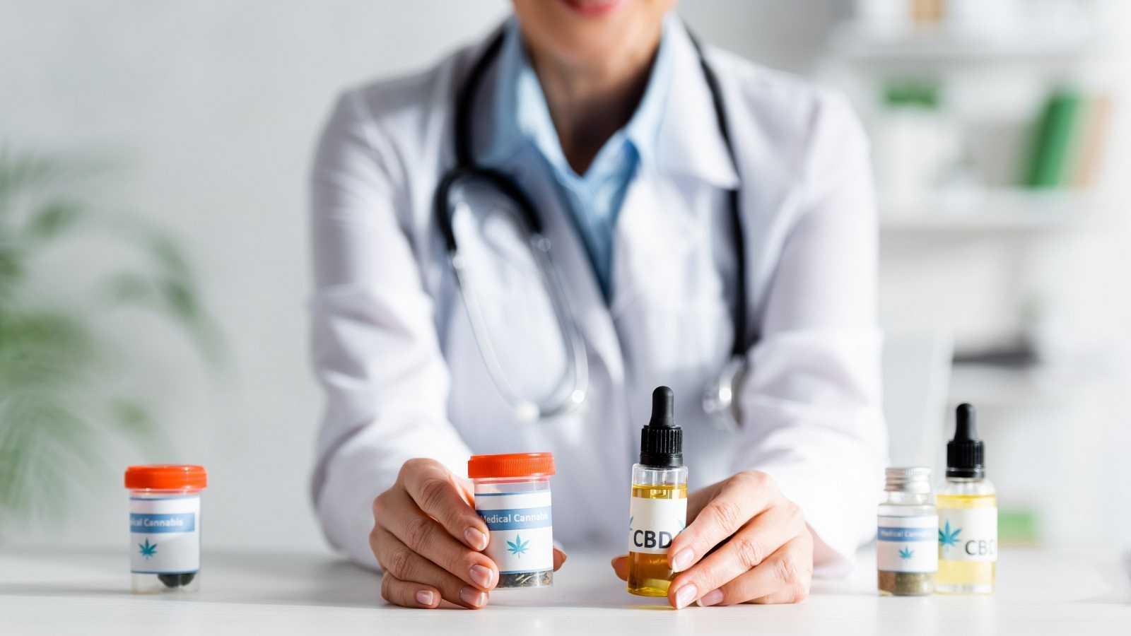 La comisión de sanidad y consumO aprueba una subcomisión Con objeto de analizar Experiencias de regulación Del cannabis para uso medicinal
